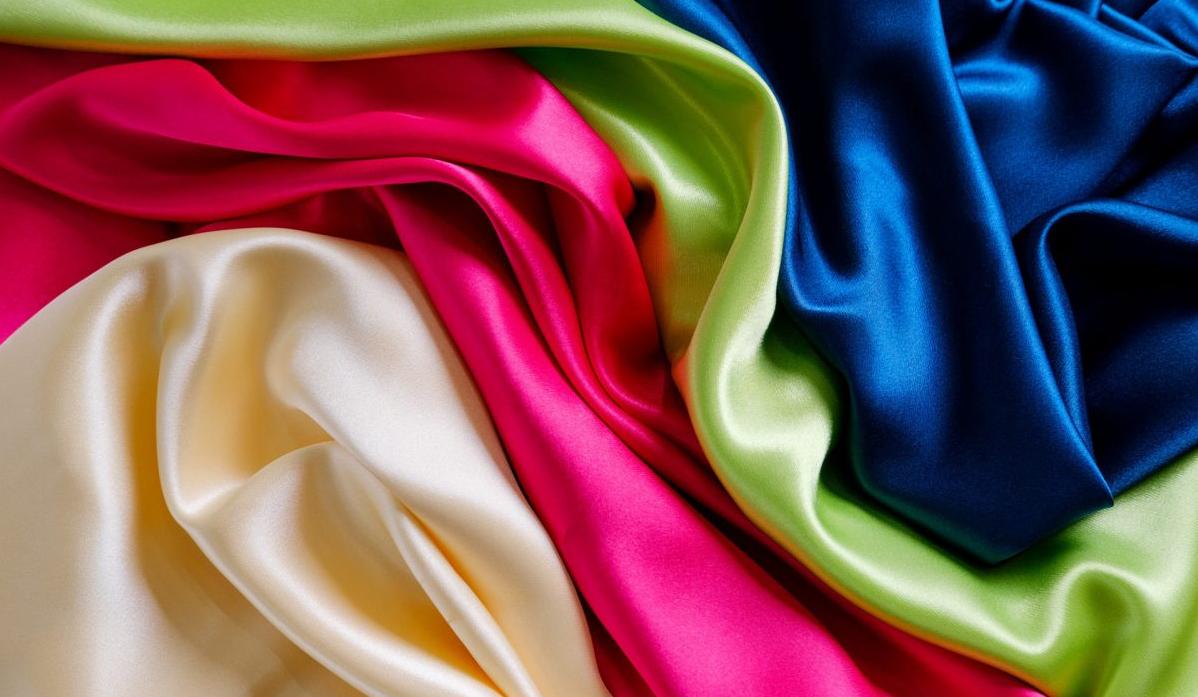Chất liệu vải lụa